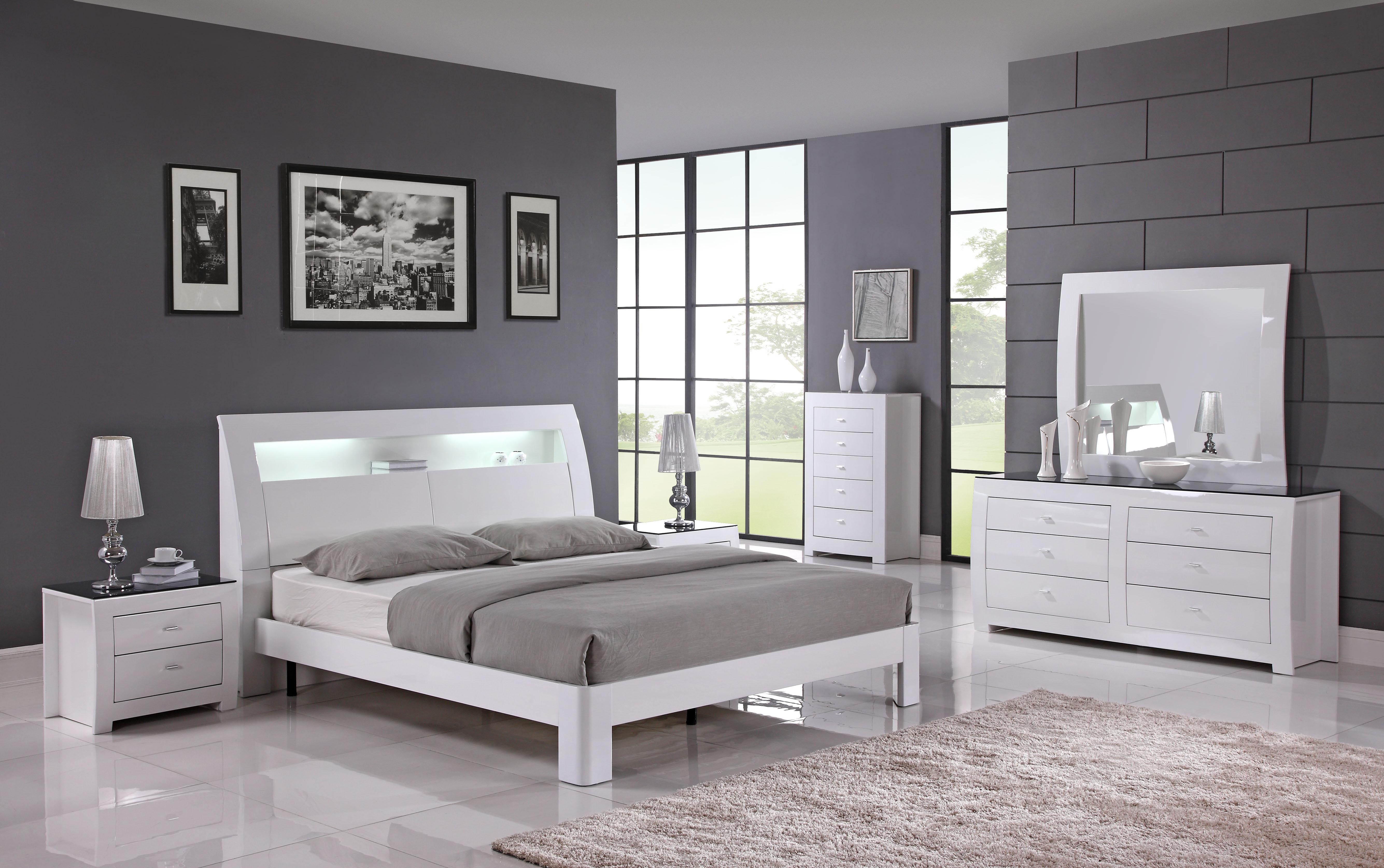 Metro White bedroom set